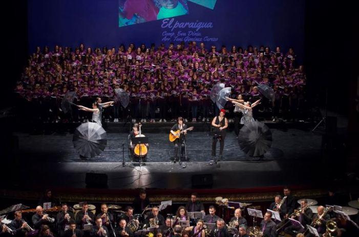 Sueca acull un gran concert benèfic per la infància
