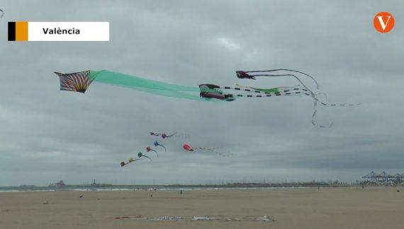 El Club de Milotxa ens dóna consells per volar la milotxa i ens ensenya a volar-la.