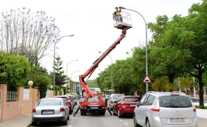 L'Ajuntament renova tots els punts de llum de Paiporta