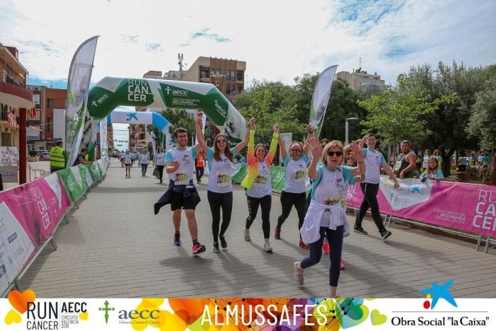La Run Cáncer d'Almussafes recapta 4.640 euros en la seua tercera edició
