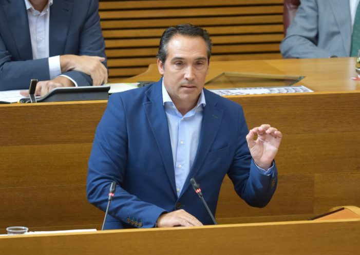 """Ibáñez: """"Puig condemna al sector públic al deute, al descontrol i el balafiament"""""""