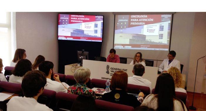 L'Hospital Universitari de la Ribera aborda el paper de l'Atenció Primària en el pacient oncològic