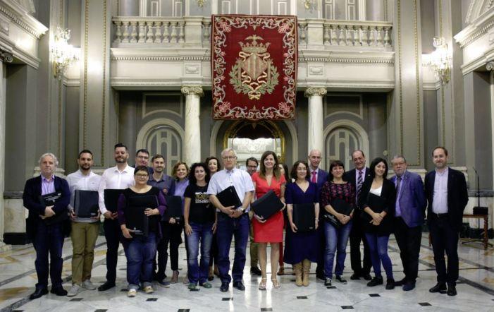 Els Regidors i les Regidores de València electes per al mandat 2019-2023 han rebut les carpetes de Bon Govern