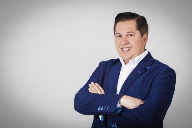 L'alcalde de Guadassuar, Vicente Estruch (PP), denúncia que Compromís i PSPV presenten una moció de censura sense motivació
