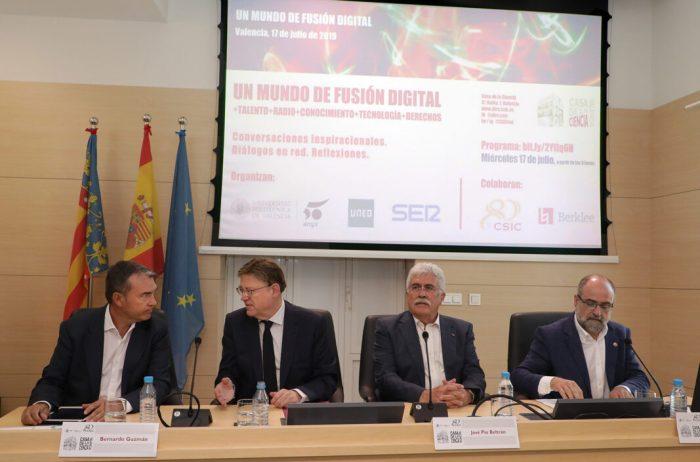 Ximo Puig avança que la Generalitat impulsarà una estratègia específica sobre la intel·ligència artificial en el marc del pacte valencià per la innovació