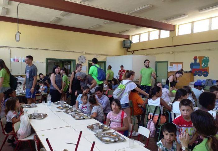 Un centenar de menors de Burjassot gaudiran de l'estiu amb el Programa de Suport a la Família i la Infància