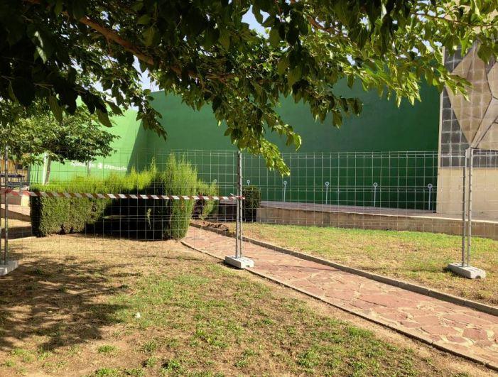 Almussafes inicia les obres per a cobrir i tancar el frontó del Poliesportiu Municipal