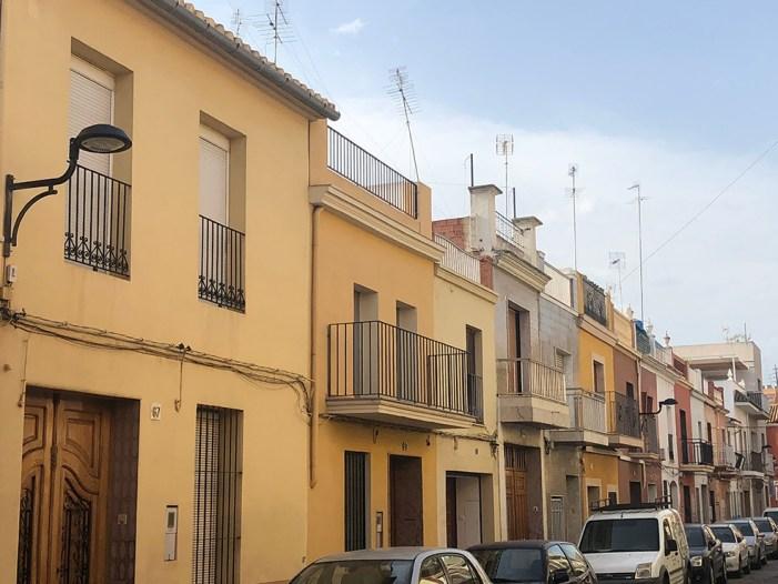 L'Ajuntament d'Algemesí inverteix 50.000 euros per a canviar la llum de 242 fanals de la ciutat