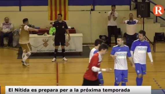 L'equip de futbol d'Alzira, el Nítida, es prepara per a la pròxima temporada.
