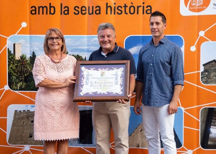 L'Ajuntament homenatja la Societat Artístico Musical Picassent pel seu centenari