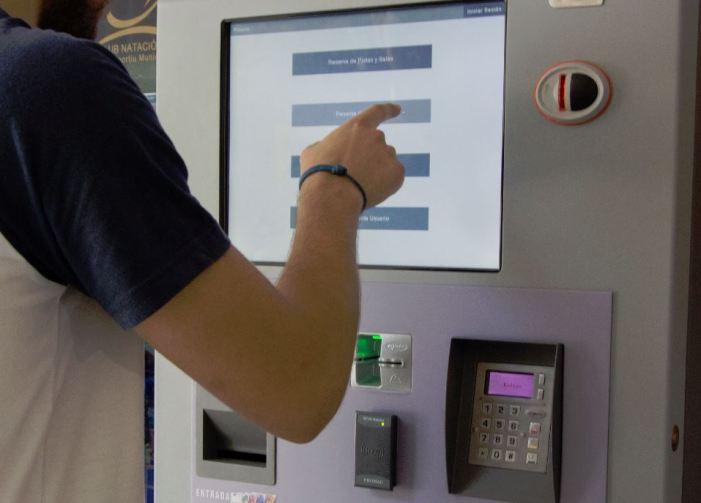 L'E-Poli, el servei electrònic que agilitza les gestions de les persones usuàries del Poliesportiu de Picassent