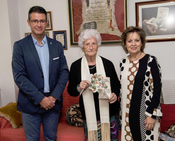 Almussafes homenatja els seus nonagenaris i a les persones usuàries de la Residència La Vila