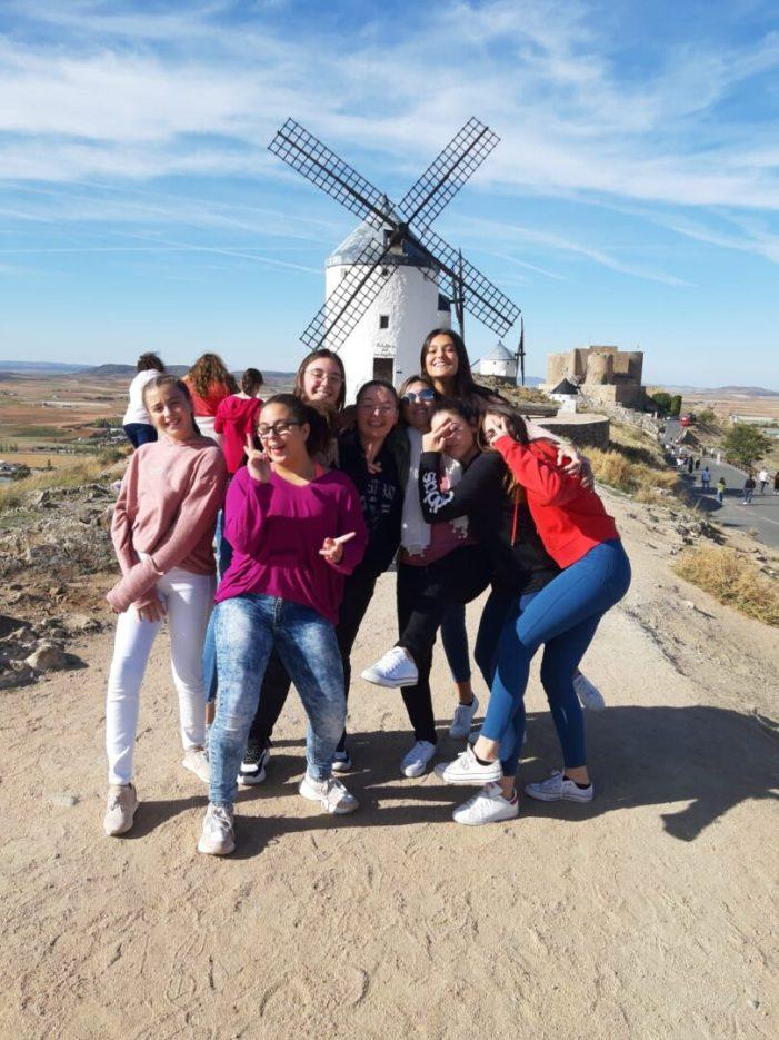 La EFA Torrealedua de Llombai visita Madrid gràcies a la victòria en una beca del Ministeri d'Educació i Cultura