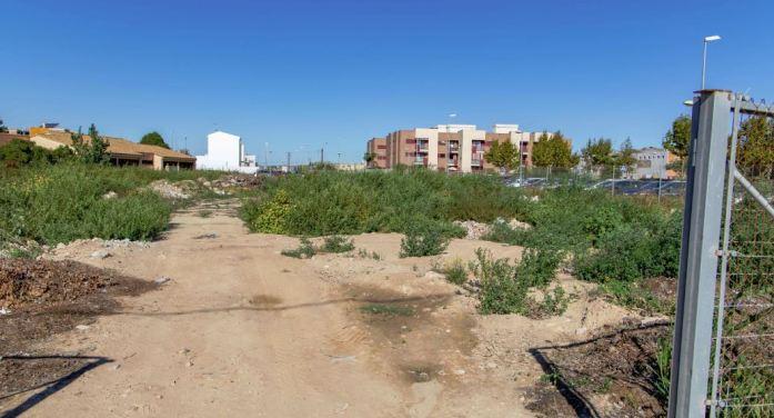 Cullera crea 300 places d'aparcament gratuït a dos minuts del centre