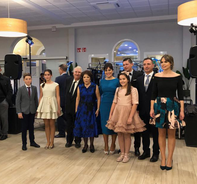 La Falla Primitiva d'Almussafes celebra la proclamació de les seues noves representants