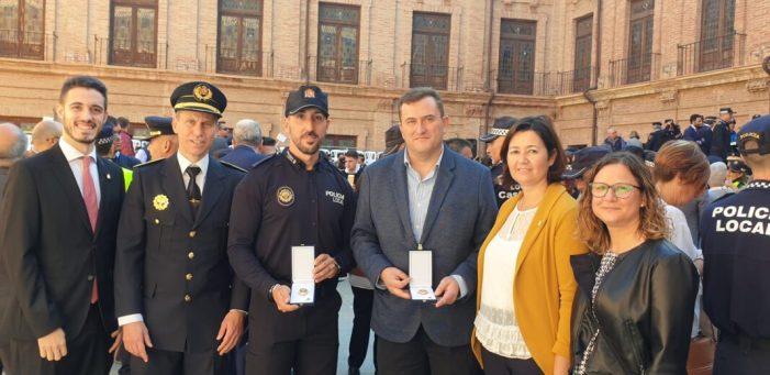 Dos agents de la Policia Local d'Alfafar són condecorats per la Generalitat Valenciana