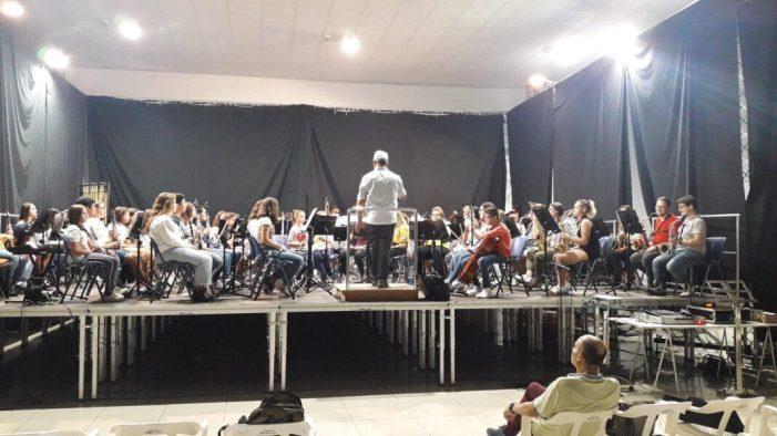 Alberic acull el Concert Didàctic de la Banda Juvenil de la Ribera Alta