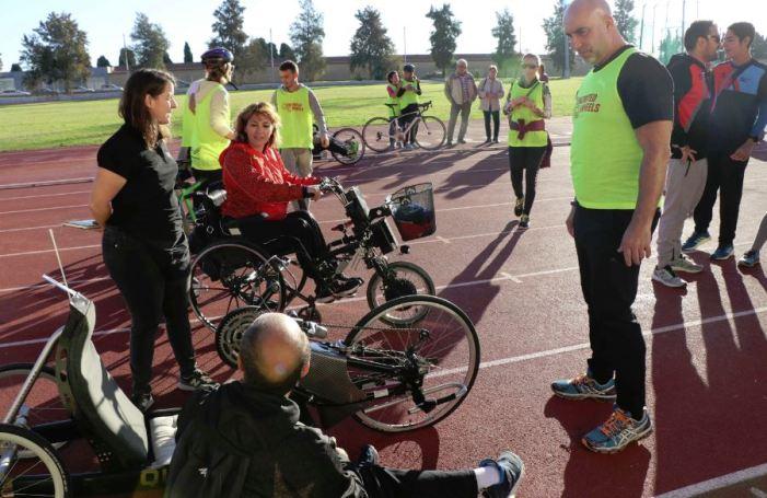 L'esport per a tots i totes arriba al Parc Central de Torrent amb l'II Clinic Inclusiu de Ciclisme