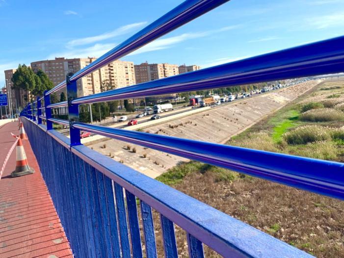 Comencen les obres per a elevar la barana del viaducte que uneix Xirivella amb l'Avinguda del Cid