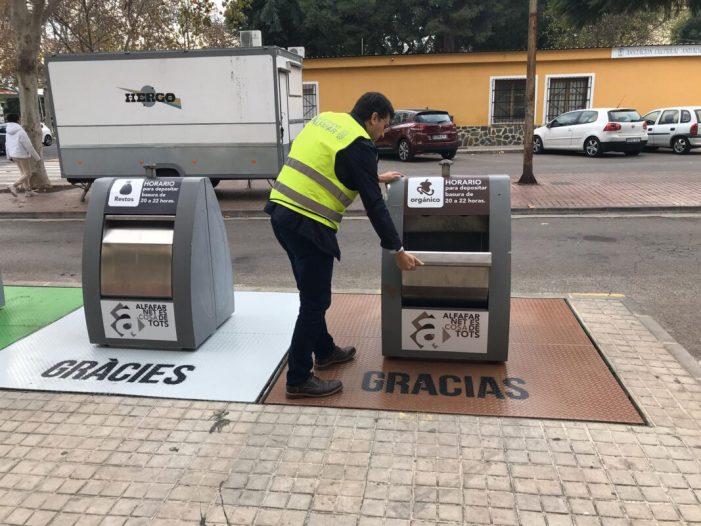 Alfafar instal·la contenidors marrons per a residus orgànics