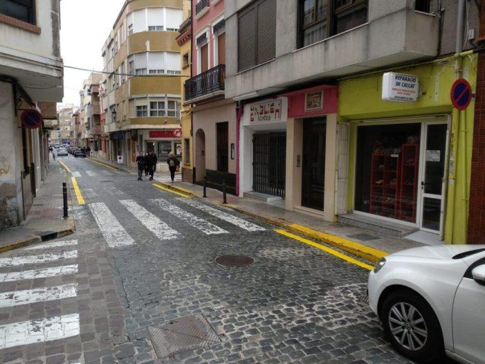 La Regidoria de Seguretat Ciutadana redueix l'estacionament de vehicles en alguns carrers del centre per a millorar la circulació i la seguretat