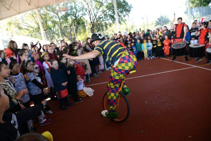 """Paiporta celebra el Carnestoltes amb música i una """"selva"""" que recorrerà els carrers del municipi"""