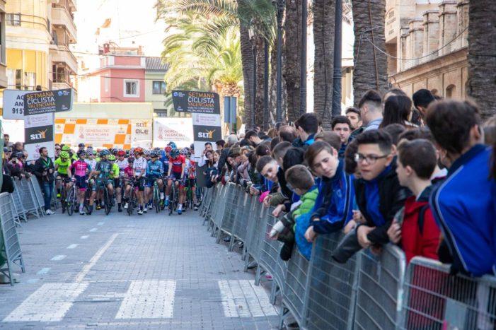 Cullera acull el final de la primera etapa de la volta ciclista femenina a la Comunitat Valenciana