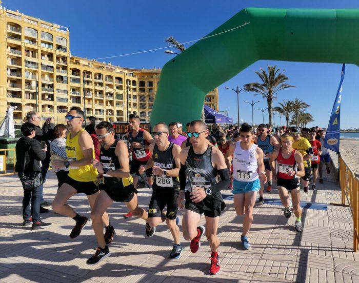 La VI Carrera Popular 7K Port Saplaya obri inscripcions del seu recorregut solidari en la costa d'Alboraia