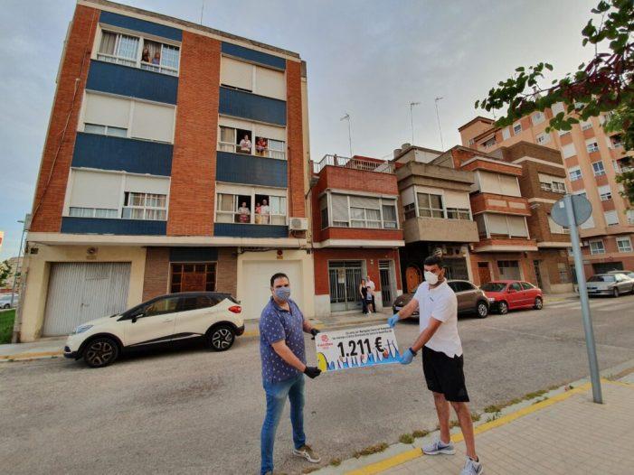 El veïnat de Ciutat de Pamplona de Sueca recapta 1.211 euros per a ajudar a les famílies que més ho necessiten