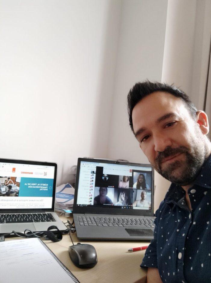 """20 persones de Torrent preparen la seua eixida al mercat laboral en la nova """"Llançadora Connecta Ocupació"""""""