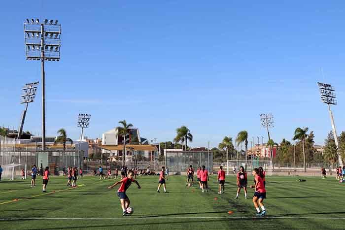Les instal·lacions esportives a l'aire lliure de Torrent es posen a punt per a reprendre la seua activitat