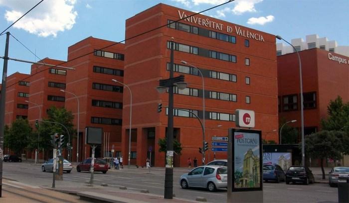 Externalizació de serveis i precaritzacó laboral a la Universitat