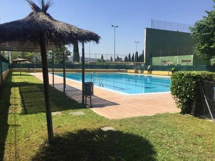 Alcàntera de Xúquer descarta obrir la seva piscina municipal durant l'estiu per precaució