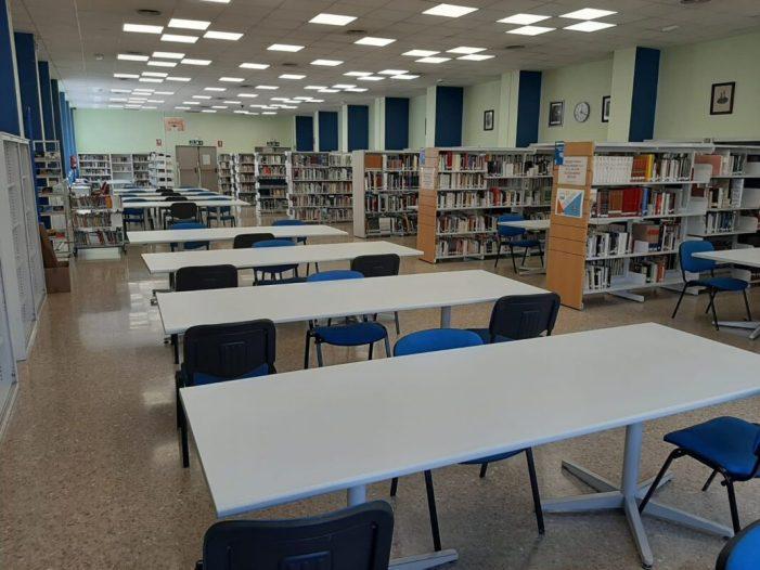 La Biblioteca Municipal de Burjassot reobri les seues dues sales d'estudi a la Casa de Cultura