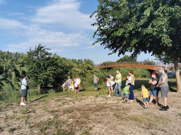 Les famílies de Quart de Poblet gaudeixen i coneixen l'entorn natural del riu Túria