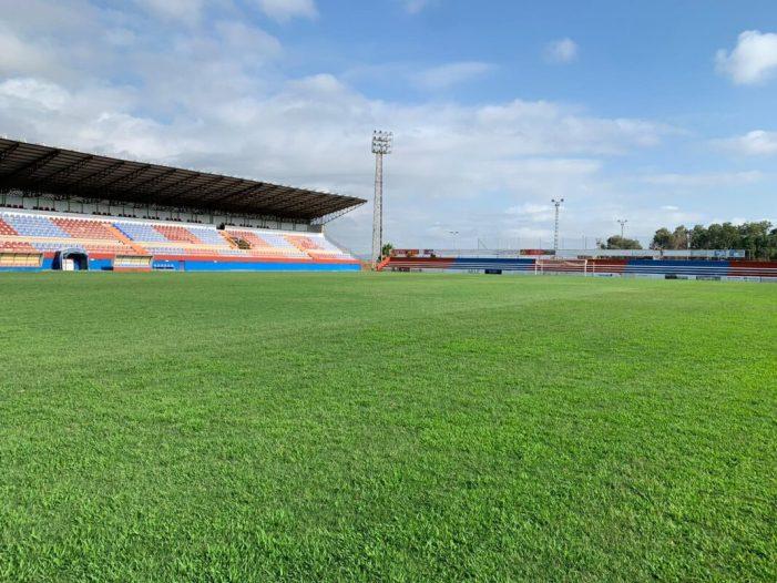 El terreny de joc del Luis Suñer d'Alzira es troba en un estat immillorable de cara a la pròxima temporada