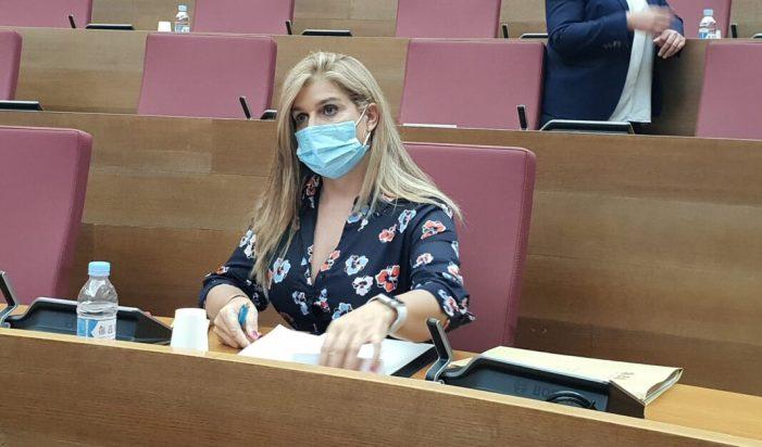 """Eva Ortiz  portaveu adjunta del PP en Les Corts  : """"L'última estocada que el Botànic pot donar als cinc milions de valencians és pujar-los els impostos"""""""