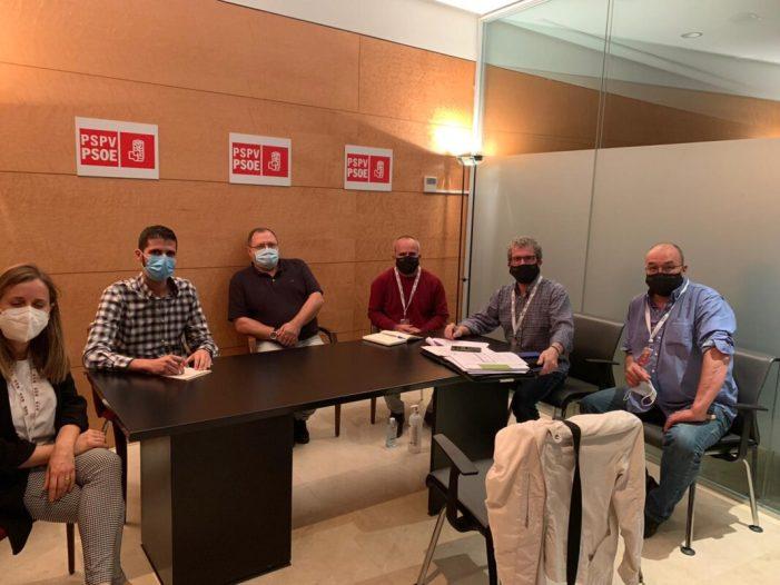 LA UNIÓ presenta als grups parlamentaris de les Corts una proposta d'esmena per a evitar que se sancione de manera greu als apicultors de la Comunitat Valenciana
