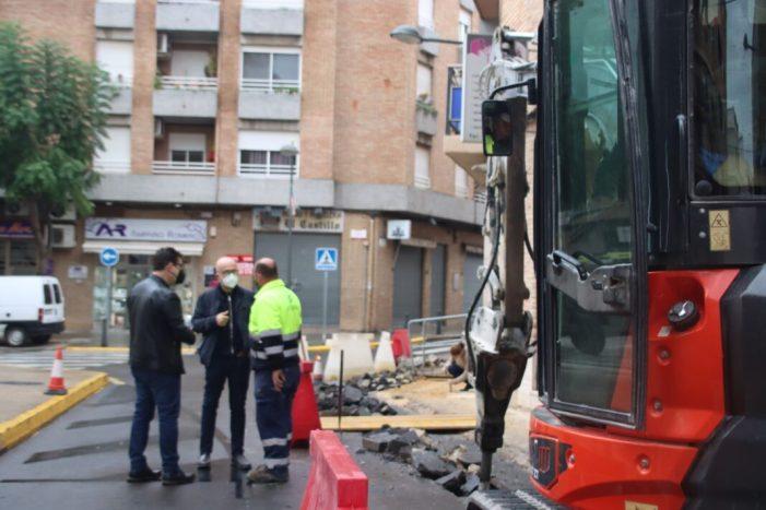 L'Ajuntament d'Alaquàs va iniciar el passat dilluns 23 de novembre les obres de millora de l'accessibilitat en el creuament del carrer València amb Ramón y Cajal i Pare Guillem