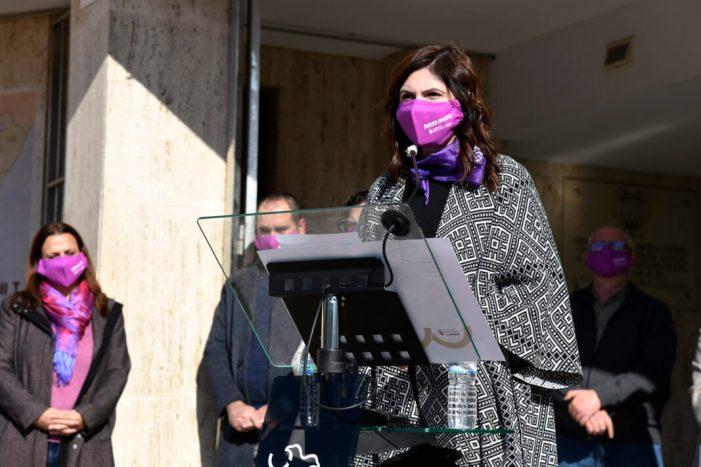 La fiscal i escriptora Susana Gisbert guanya la XIII edició del Premi Carolina Planells de Narrativa Curta de Paiporta