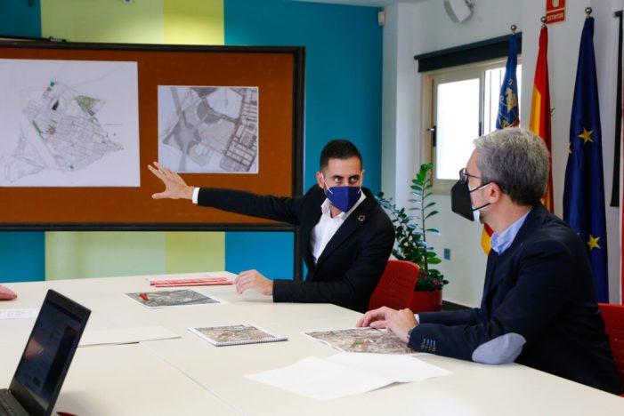 El conseller Arcadi España visita Mislata per a reprendre l'estudi d'un nou accés a la ciutat