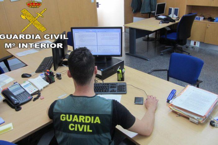 La Guàrdia Civil procedeix contra dos persones per la comissió de diversos delictes de robatoris i estafes a persones d'avançada edat