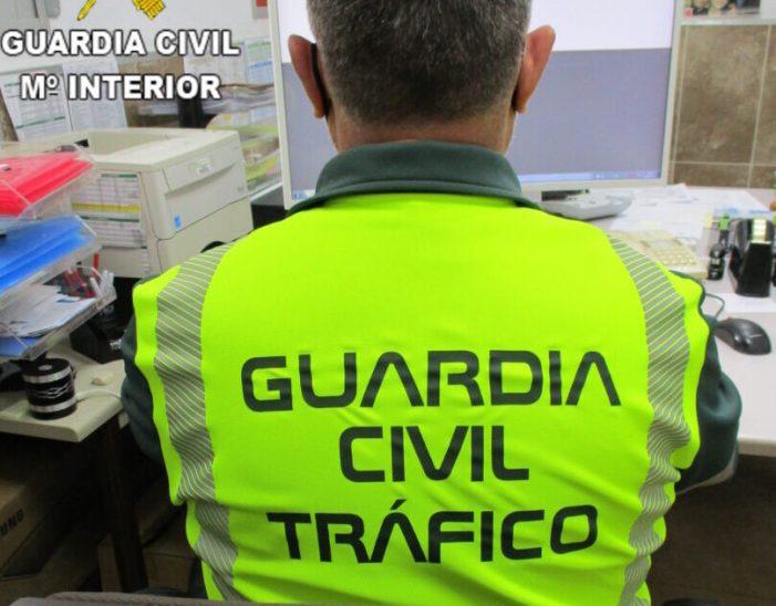 La Guàrdia Civil de València procedeix contra dues persones pel presumpte delicte de conducció temerària