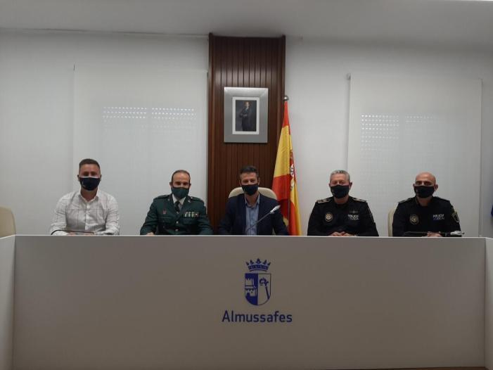 Recepció oficial al nou tinent del Lloc Principal de la Guàrdia Civil d'Almussafes