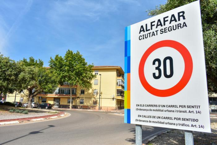 """Alfafar implanta la limitació a 30km/h sota el lema """"Ciutat Segura"""""""