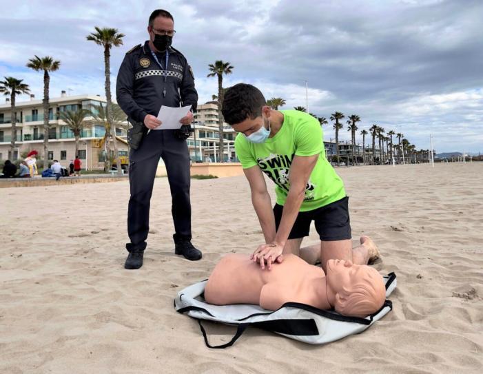 Alboraia prepara unes platges segures per a la temporada d'estiuL'Ajuntament d'Alboraia ha adequat les seues platges i prepara als seus equips de seguretat i salvament