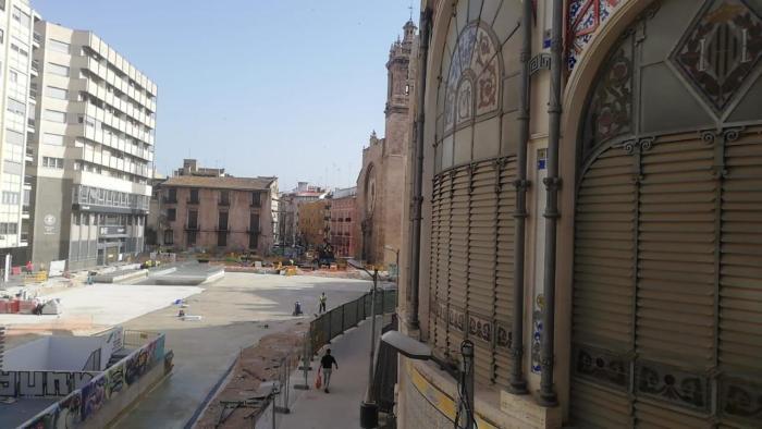 El Mercat Central mostra el seu suport a la rehabilitació dels edificis abandonats del carrer Eixarchs