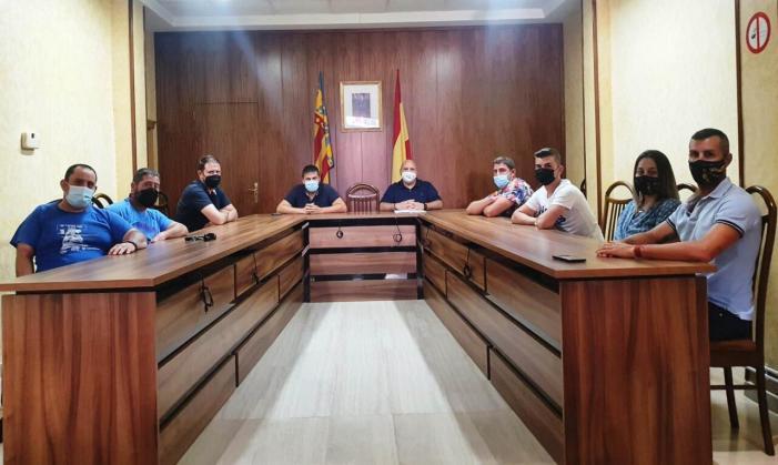 L'Ajuntament de Turís es reuneix amb les penyes per organitzar la setmana taurina