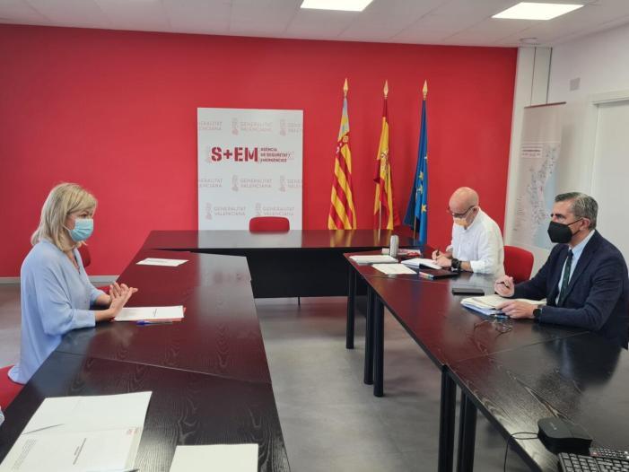 L'Agència Valenciana d'Emergències estudia un pla d'acció per a reforçar la seguretat a les platges i combatre els ofegaments
