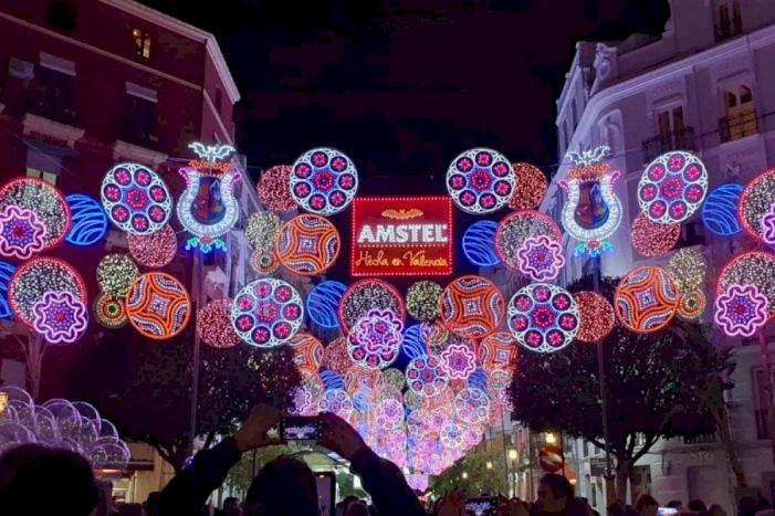 L'Ajuntament de València contractarà de forma unificada l'enllumenat ornamental de Nadal i Falles i el pressupost augmentarà a més del doble